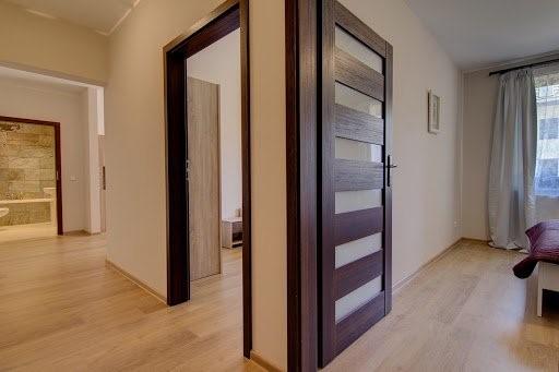 вътрешни интериорни врати